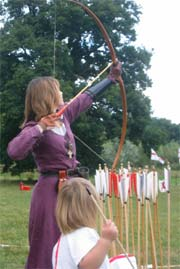 Golden Eagle Archers, Lady archer